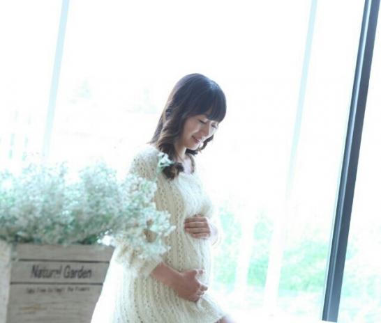 건강한 엄마와 아기 ! 순산을 위해 임신 중 체중관리는 필요합니다.