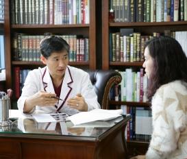 유방암 통증완화 효과가 뛰어난 침치료와 유방암 자가검진방법 [대전 유앤그린여성한의원]