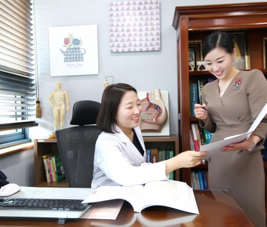 자궁내막증으로 인해 극심한 두통까지 나타날 수 있습니다.