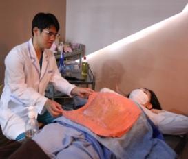 생리통을 완화하기 위한 뜸 치료는 언제 받는 것이 효과적일까요? [대전유앤그린 여성한의원]