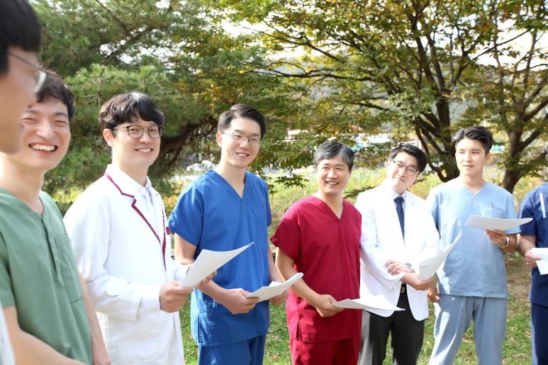 '코로나바이러스감염증-19경험 국제공동연구' 설문 참여안내 [대전 유앤그린 여성한의원]
